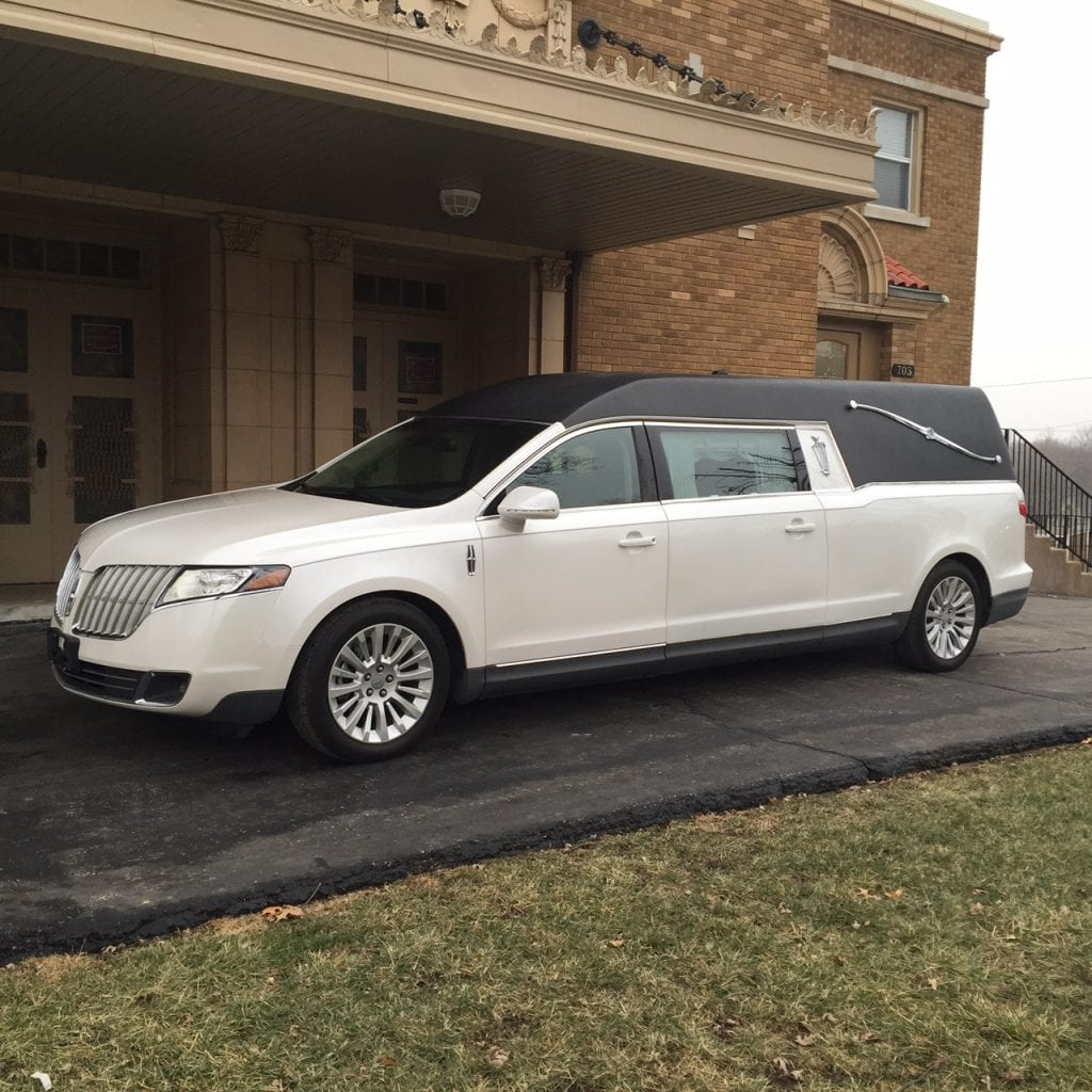 Lincoln Limo For Sale: 2012 Lincoln Federal Stratford Coach