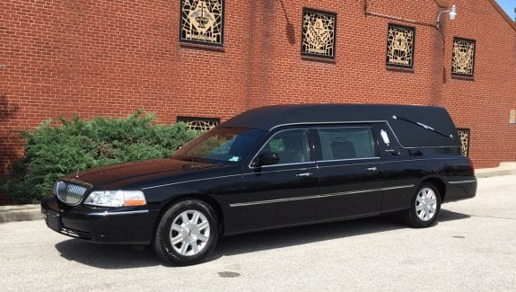 2011 used lincoln hearse for sale