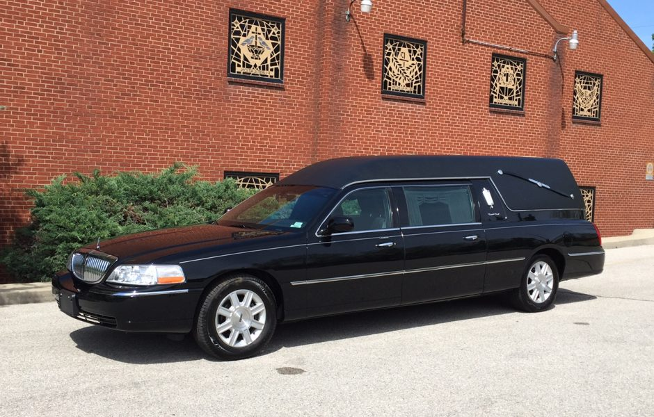 2011 Lincoln S&S Hearse Southwest Professional Vehicles