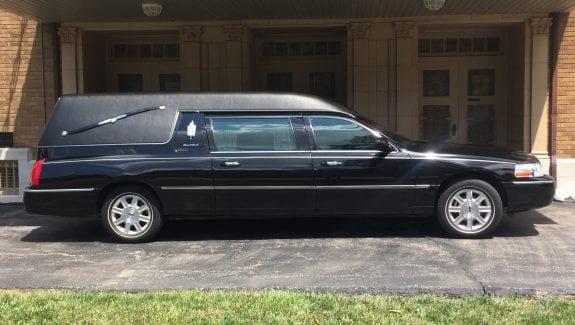 2011 Lincoln Hearse for Sale 1