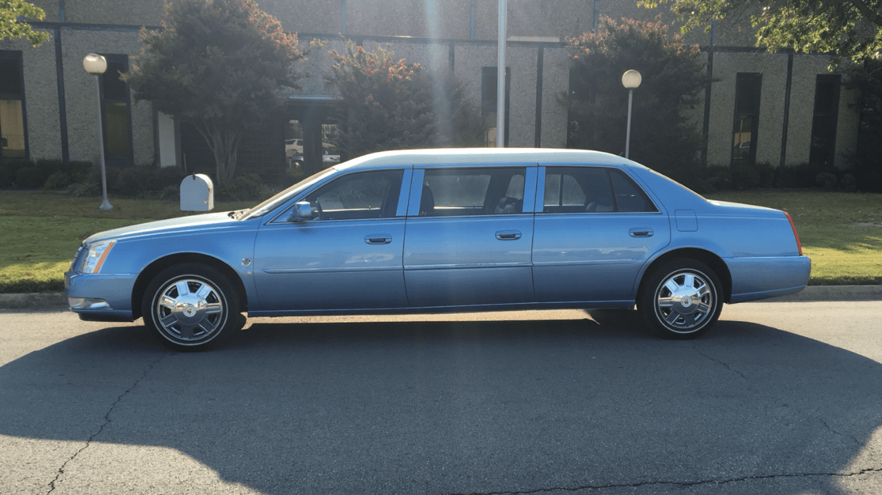 2008 Six Door Limo for Sale