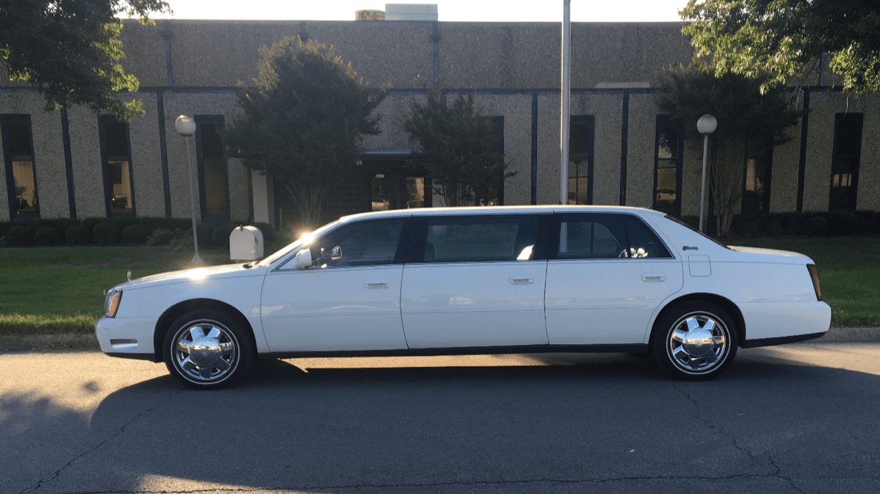 2005 Used Six Door Limo for sale 1