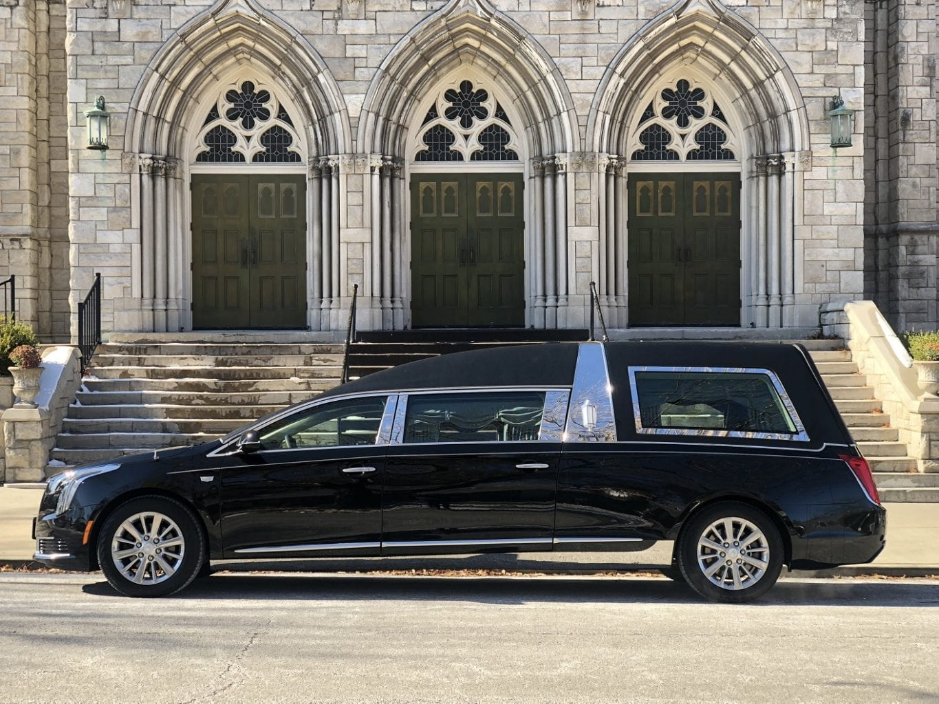 2019 Black S&S Olympian Funeral Hearse 1
