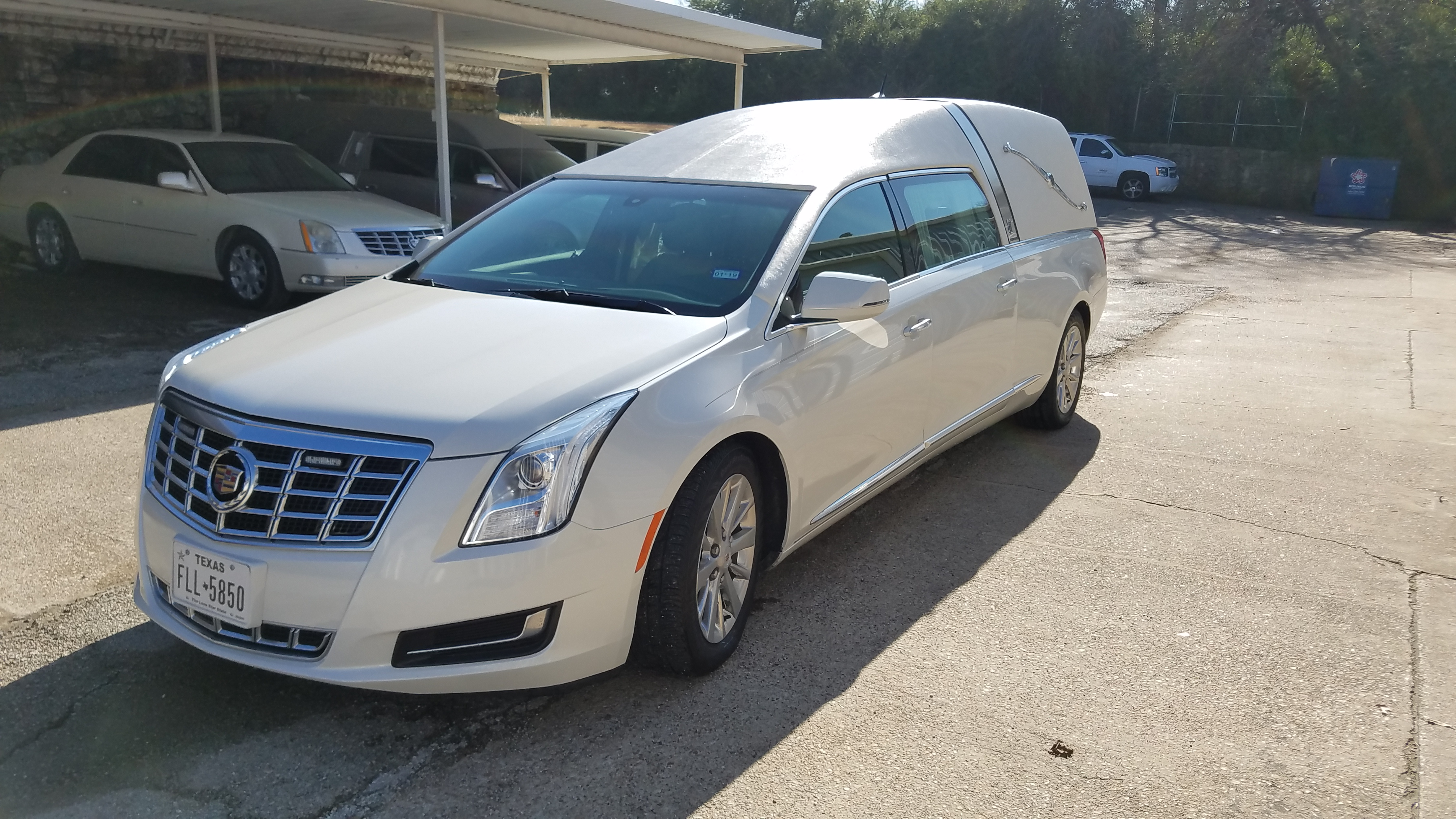 2014 Cadillac Used Hearse for Sale 2