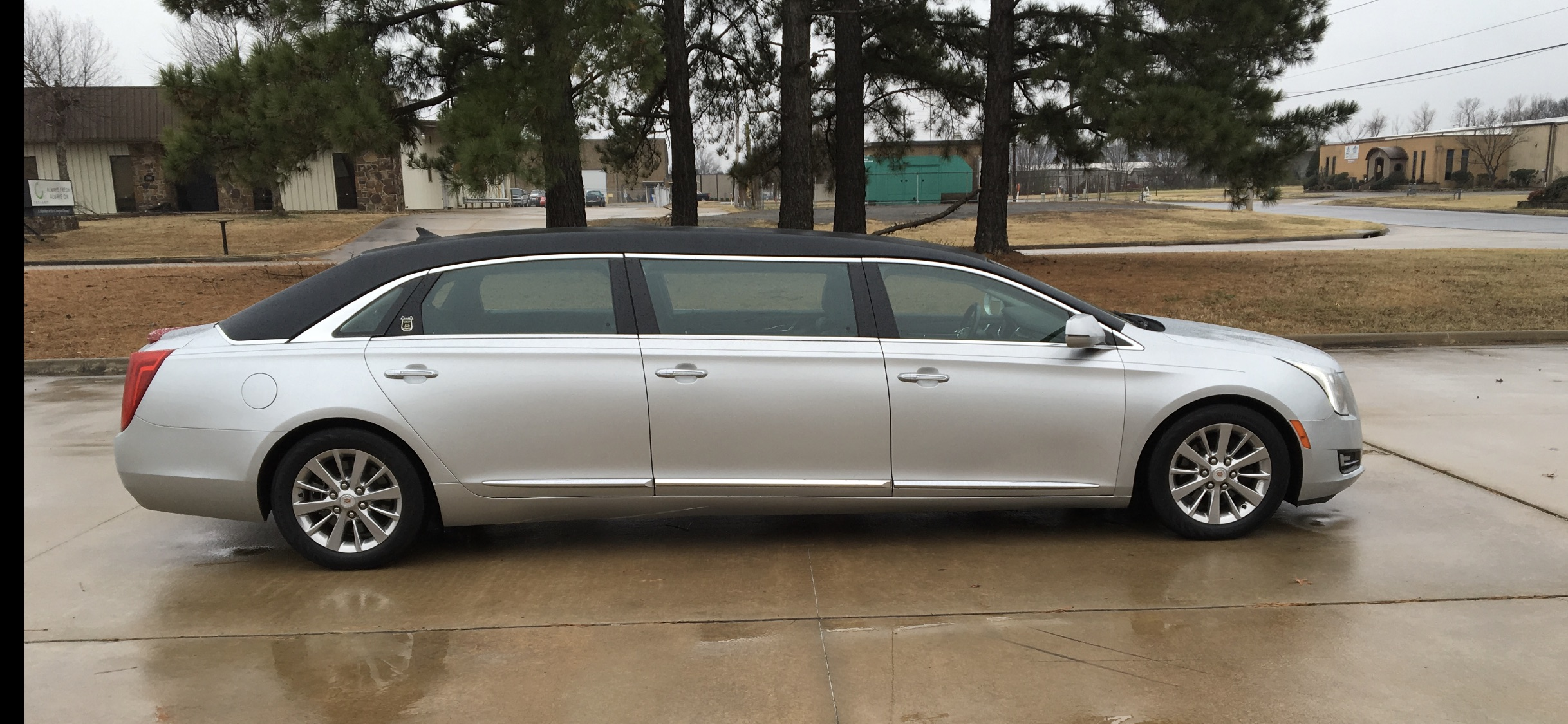 2013 Cadillac Six Door Limo for Sale 1