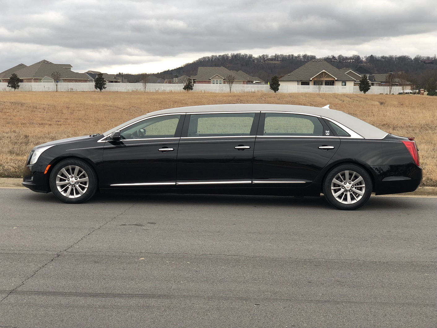 2014 Armbruster Stageway Silver Black Six Door Funeral Limousine for Sale
