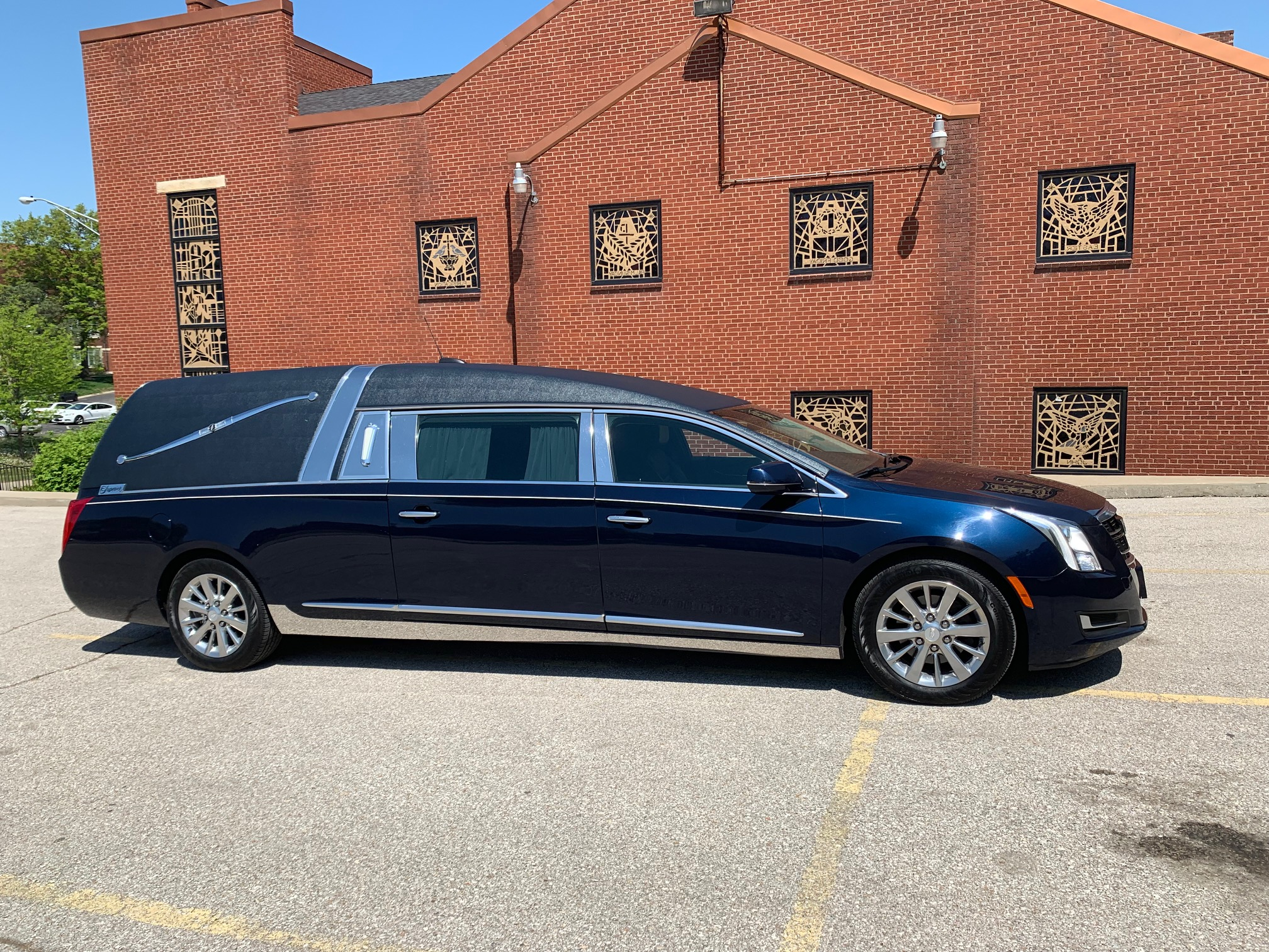 2017 Cadillac Superior Hearse for Sale 5