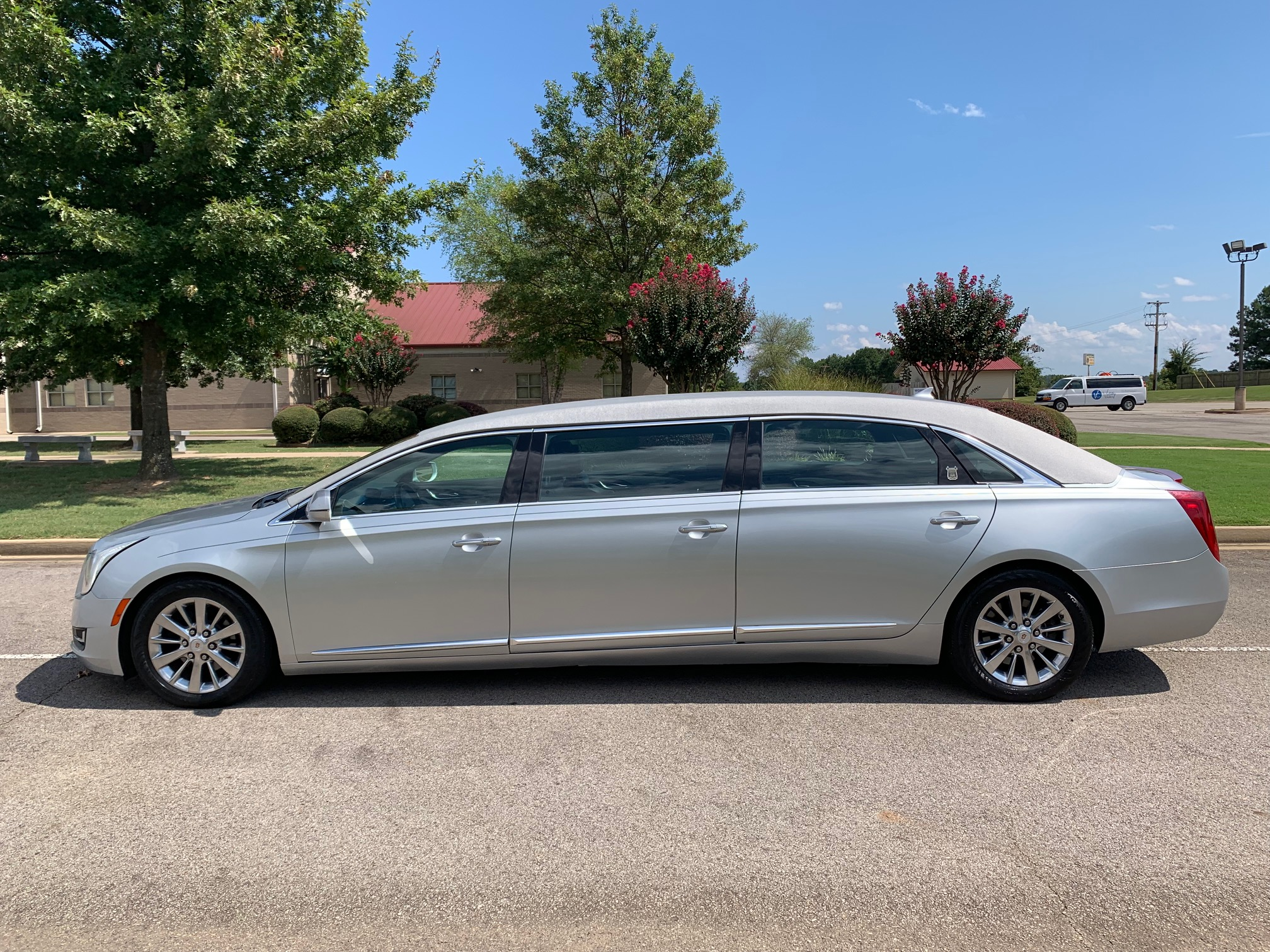 2014 Cadillac Armbruster Stageway Six Door Limo - Radiant Silver