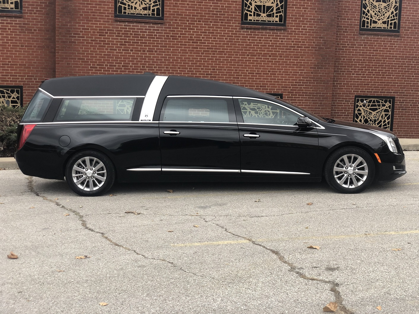2017 Cadillac Armbruster Stagway Black Crown Regal Funeral Hearse for sale