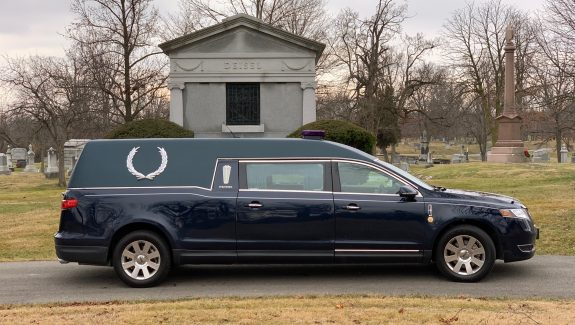 2014 Lincoln Federal Stratford Coach Hearse For Sale