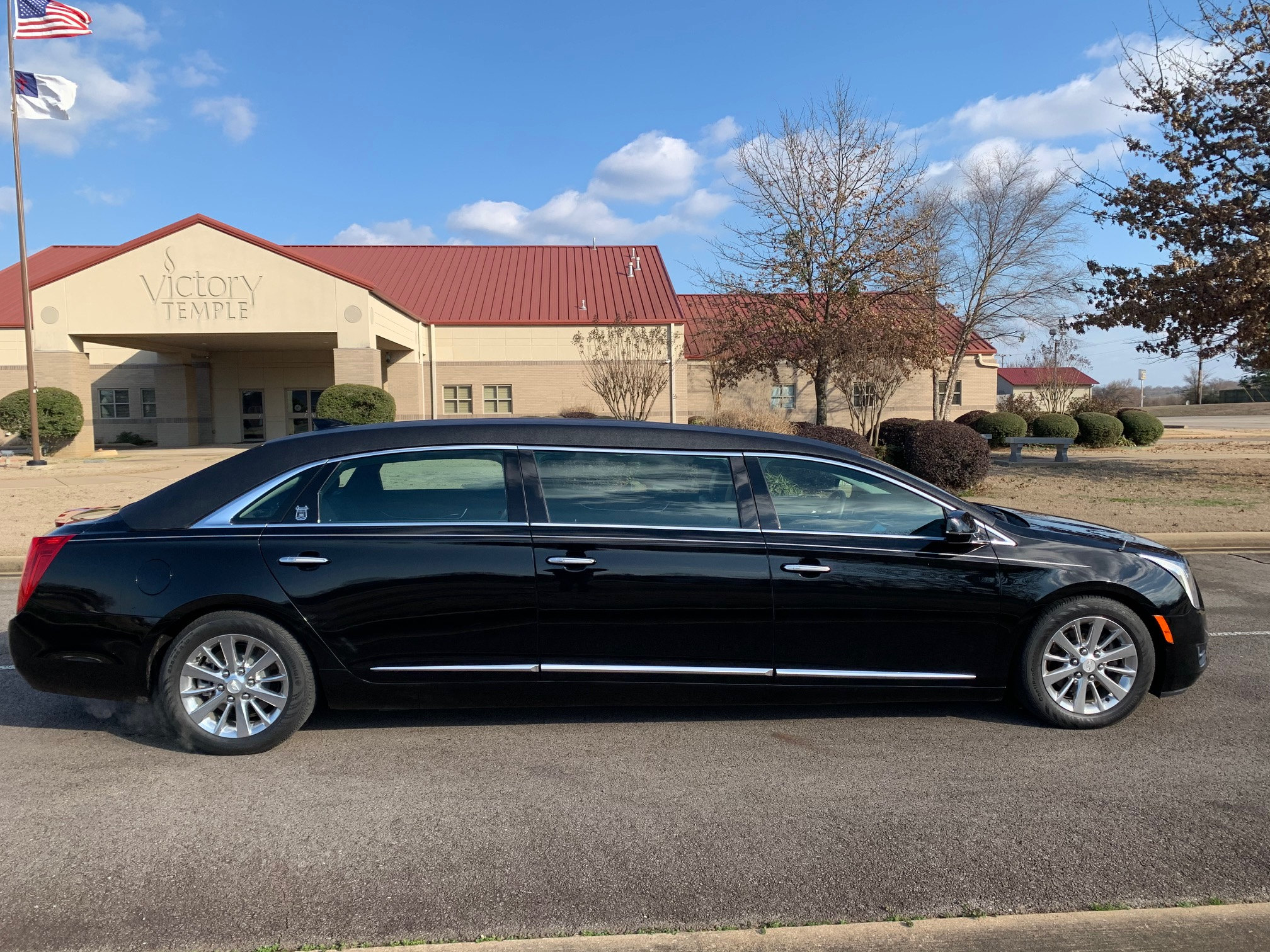"""2016 Cadillac Armbruster Stageway - Six Door Limo 52"""""""