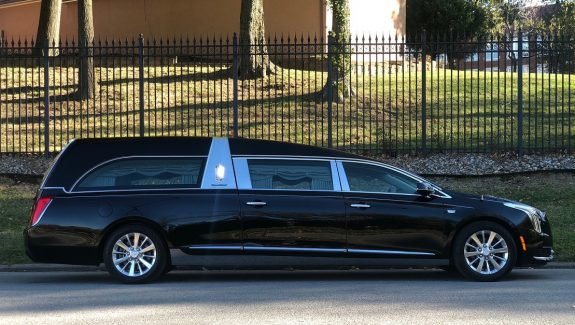 2019 S&S Black Park Hille Funeral Coach New Hearse For Sale