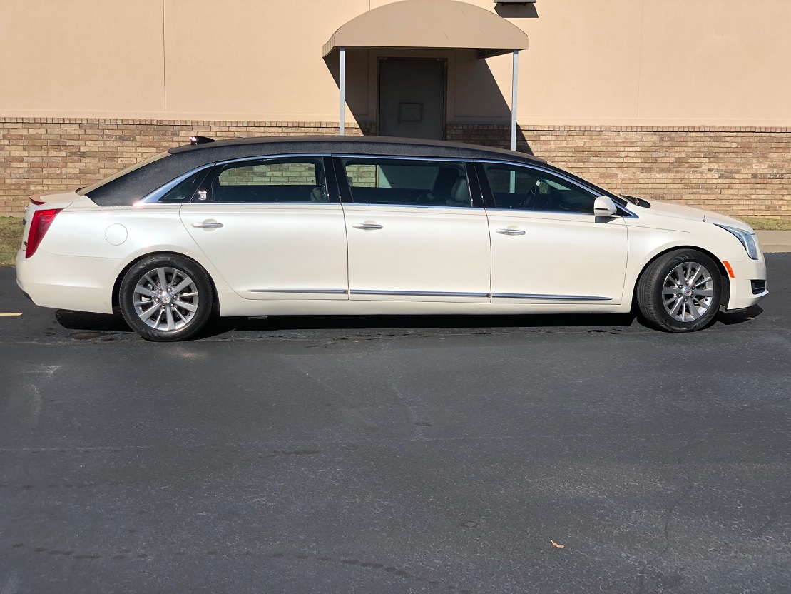 2015 Black White Diamond Cadillac Armbruster Stageway Six Door Funeral Used Limousine For Sale