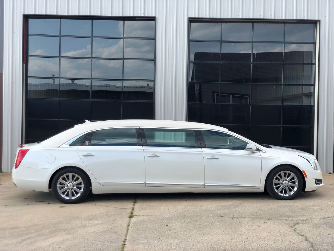 2014 White Diamond Cadillac Armbruster Stageway Funeral Six Door Used Limousine For Sale