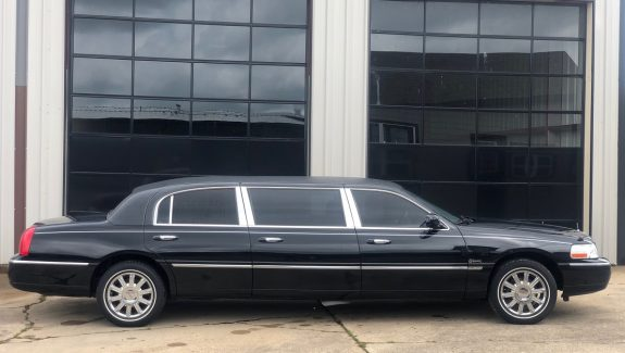 2009 Black Lincoln Six Door Limousine Used Limo For Sale