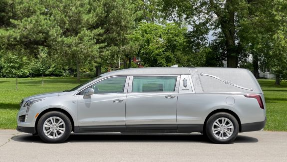 2020 Cadillac S&S Medalist Coach - Radiant Silver Funeral Car For Sale