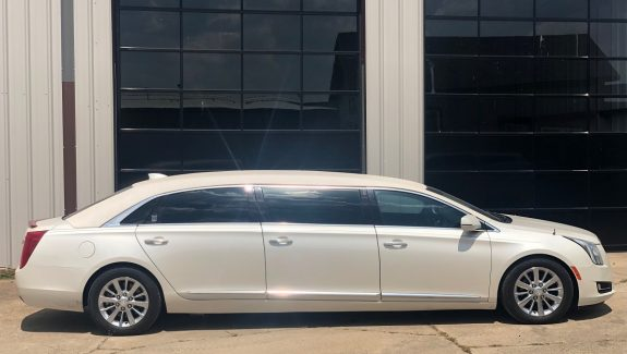2016 White Armbruster Stageway Cadillac Six Door Funeral Limousine For Sale